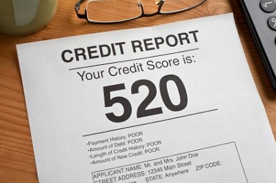 Credit report with 520 credit score