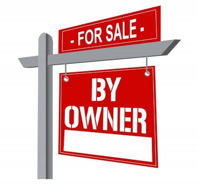 Home for sale by owner yard sign